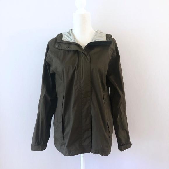 7b65cef2b21 LL BEAN Women's Trail Model Rain Jacket